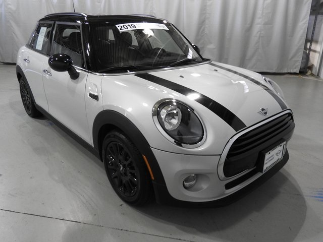 Pre-Owned 2019 MINI Cooper